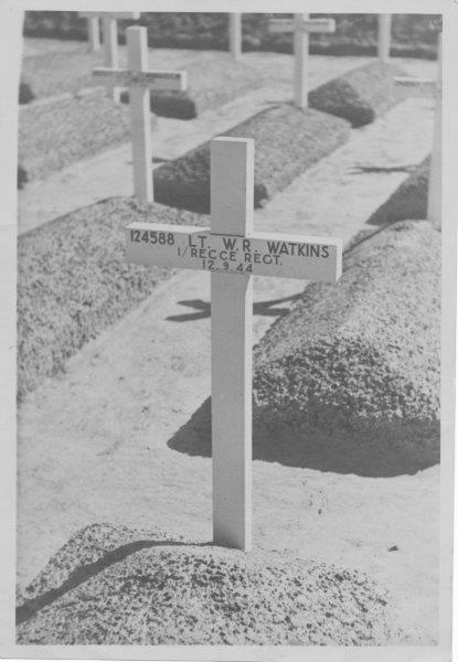Lt Watkins grave Arezzo Military Cemetery circa 1945